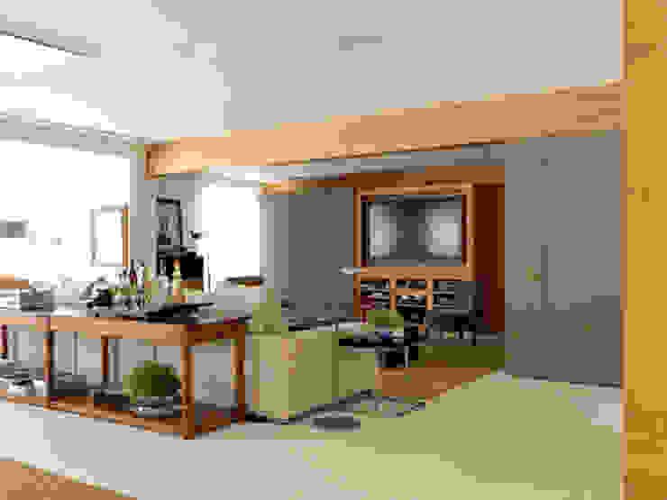 Apartamento VNC 4 Salas multimídia modernas por Toninho Noronha Arquitetura Moderno
