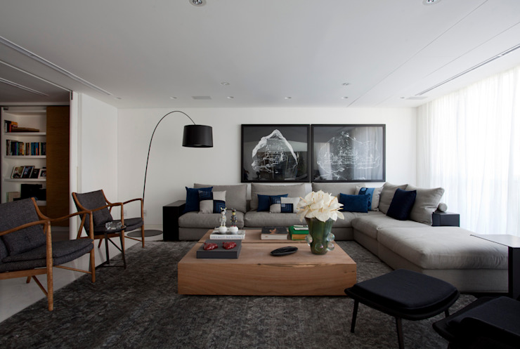 Loft Itaim Salas de estar modernas por Toninho Noronha Arquitetura Moderno