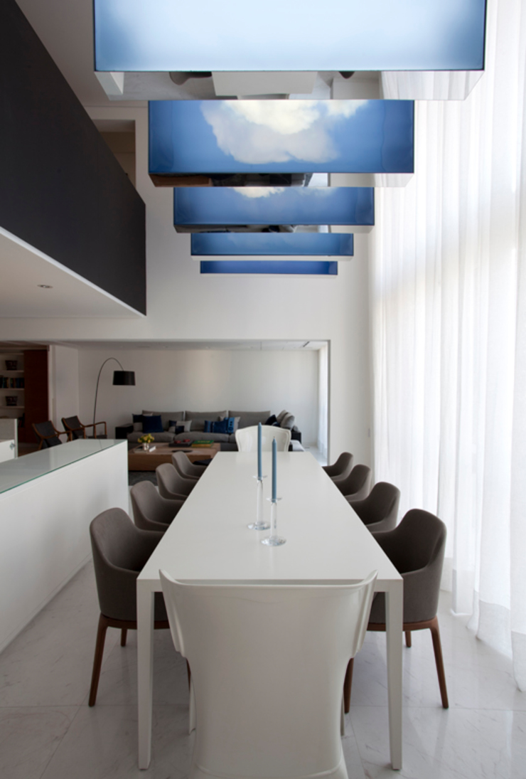 Loft Itaim Salas de jantar modernas por Toninho Noronha Arquitetura Moderno