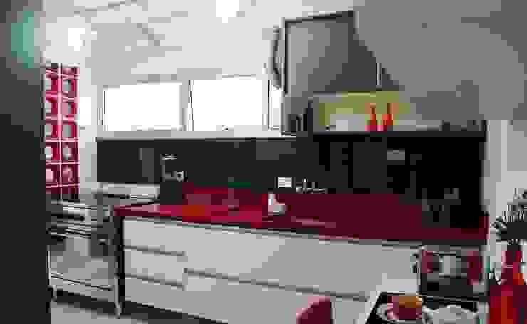 Cozinha Apimentada Cozinhas modernas por Juliana Matos Arquitetura e Interiores Moderno