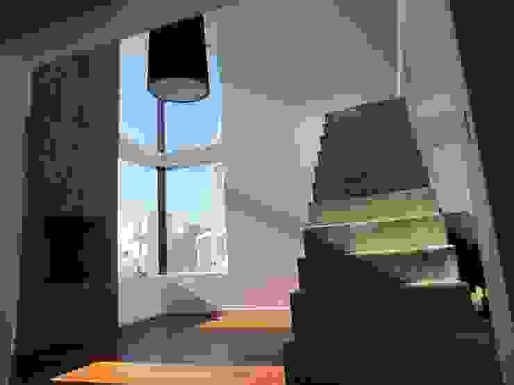 Vivienda La Estanzuela Livings modernos: Ideas, imágenes y decoración de Arquitectos Positivos Moderno