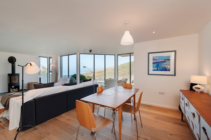 Rockside, Polzeath, Cornwall Modern dining room by Trewin Design Architects Modern