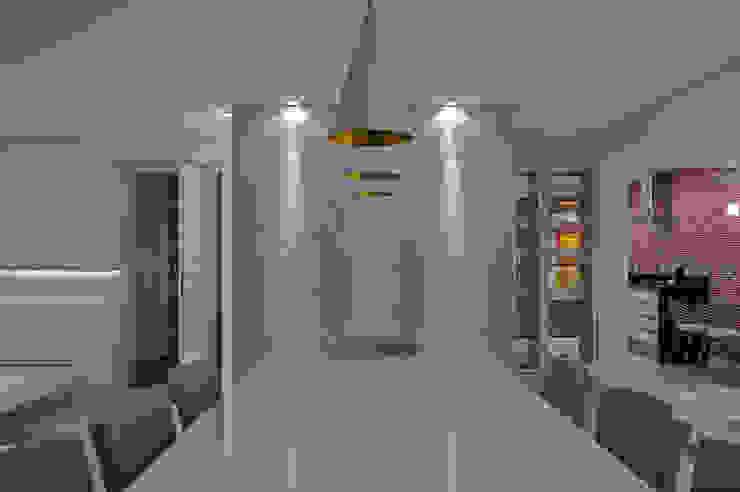 APARTAMENTO HB Salas de jantar minimalistas por Studio Boscardin.Corsi Arquitetura Minimalista