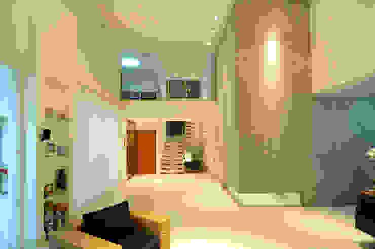 Salas de estar modernas por Cabral Arquitetura Ltda. Moderno