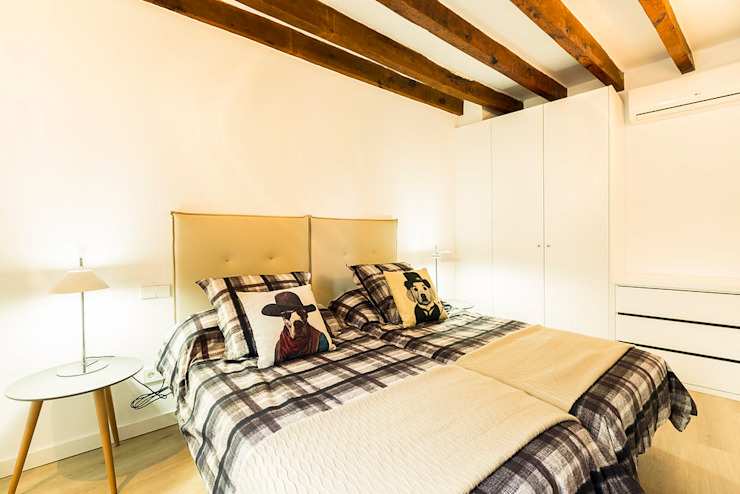 Dormitorios de estilo moderno de ISLABAU constructora Moderno