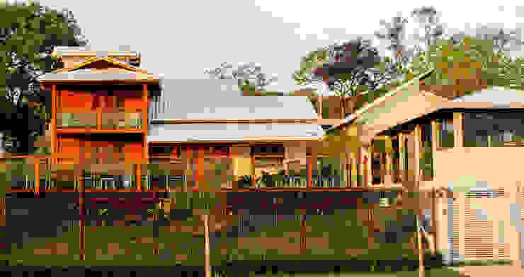 by CASA & CAMPO - Casas pré-fabricadas em madeiras,