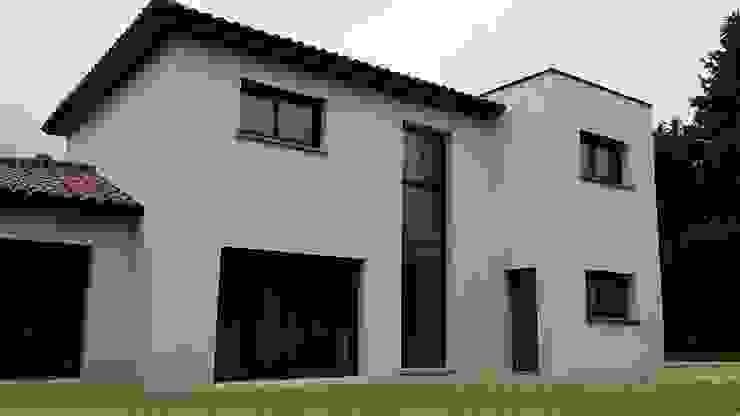 Casas modernas de Concept Creation Moderno