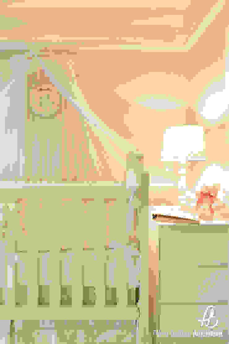 Dormitório de Bebê por Flávia Bastiani Arquitetura Moderno MDF