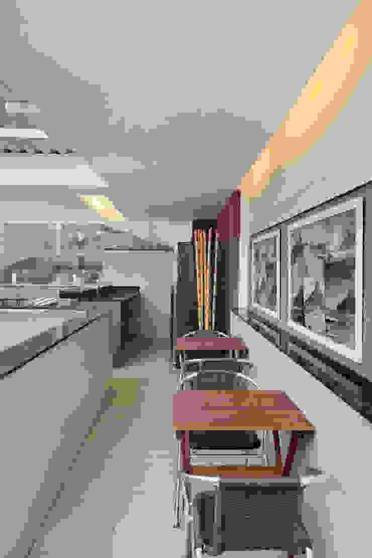 Terraço Urca – RJ Varandas, alpendres e terraços modernos por DG Arquitetura + Design Moderno