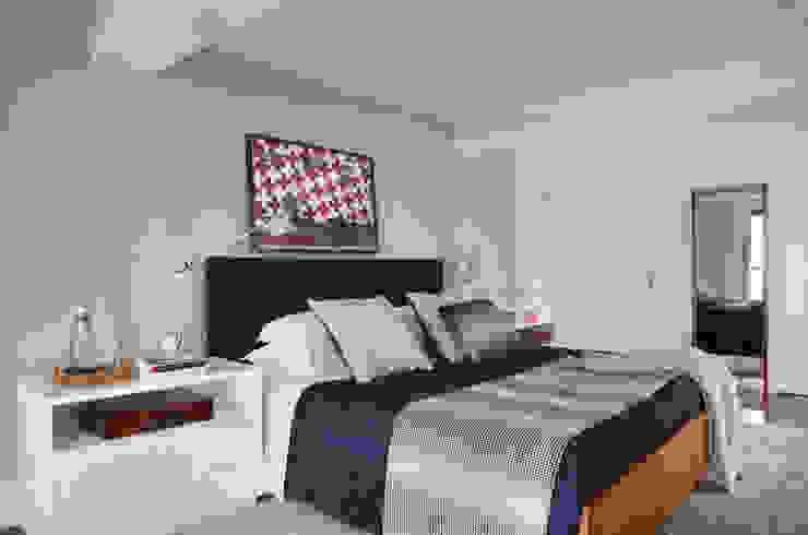 Bedroom by Yamagata Arquitetura,