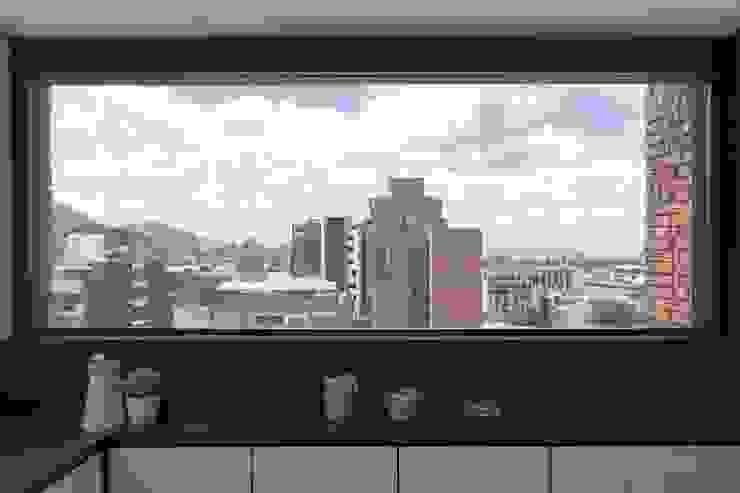 Remodelación de Apartamentos Cocinas de estilo clásico de ODA - Oficina de Diseño y Arquitectura Clásico