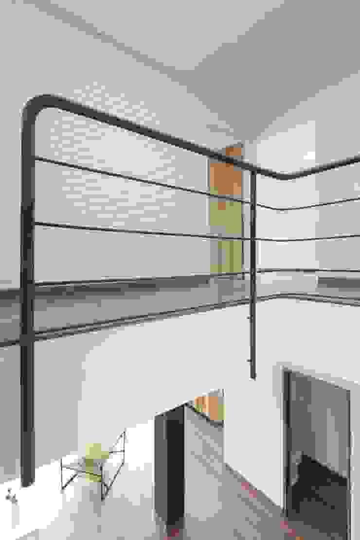 Remodelación de Apartamentos Pasillos, vestíbulos y escaleras de estilo clásico de ODA - Oficina de Diseño y Arquitectura Clásico