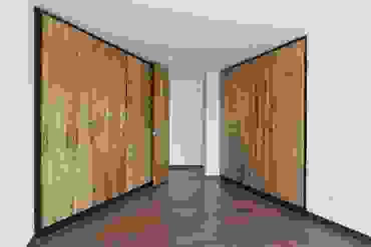 Remodelación de Apartamentos Habitaciones de estilo clásico de ODA - Oficina de Diseño y Arquitectura Clásico