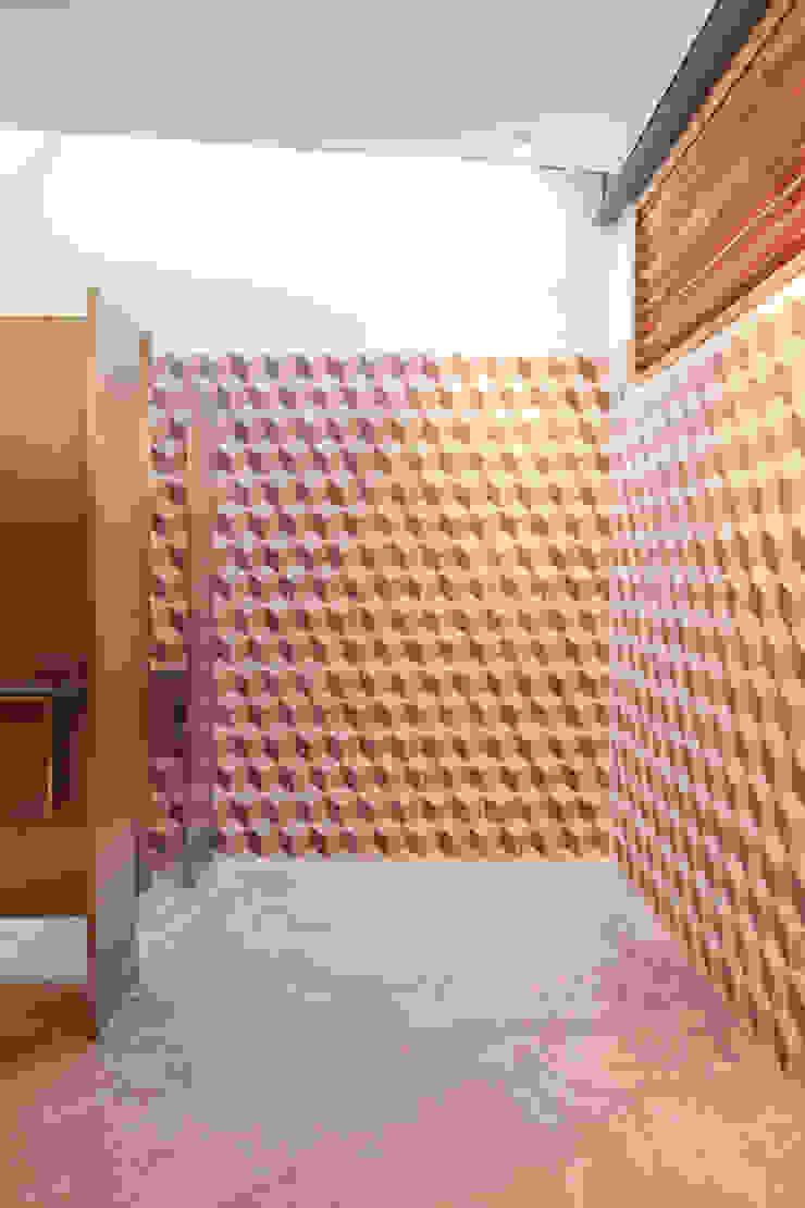 by ODA - Oficina de Diseño y Arquitectura Modern