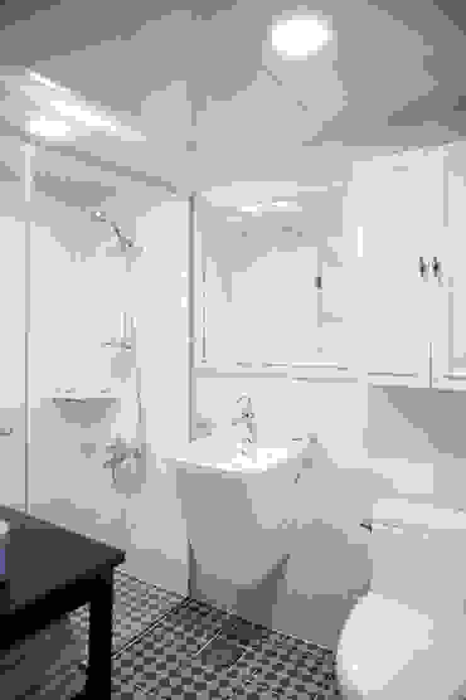 가구를 위한 모던인테리어 퍼스트애비뉴 모던스타일 욕실