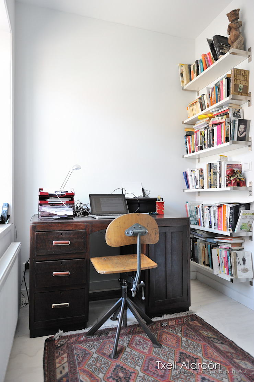 Ijzersterkinterieurontwerp Txell Alarcon Office spaces & stores