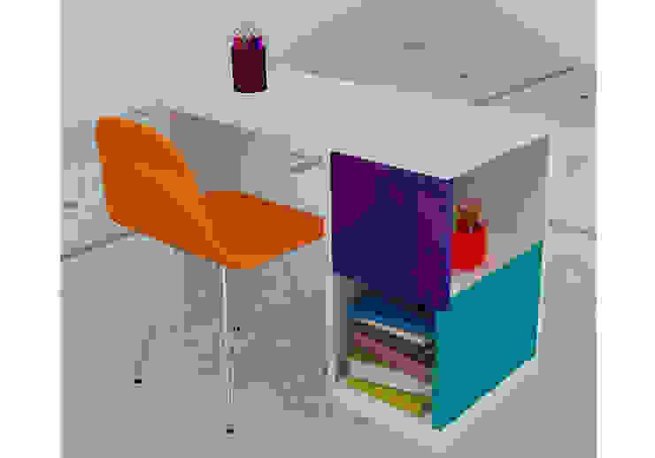 KiKi Diseño y Decoración Nursery/kid's roomDesks & chairs