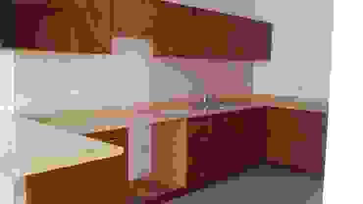 Cozinhas  por Inmobiliaria Abitacasa S. A. De C.V. , Clássico