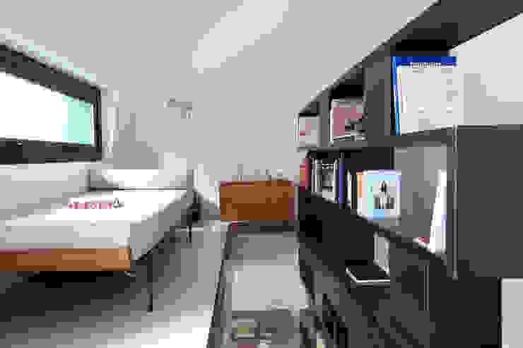 MK/97-JT Bureau moderne par Metek Architecture Moderne