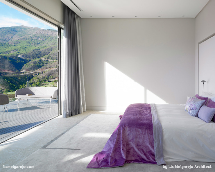 Projekty,  Sypialnia zaprojektowane przez Lis Melgarejo Arquitectura, Nowoczesny