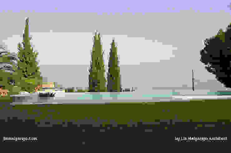 Piscinas de estilo moderno de Lis Melgarejo Arquitectura Moderno