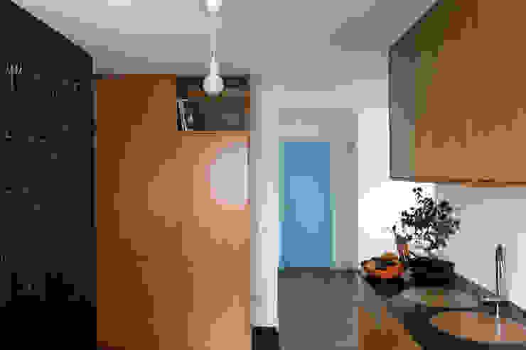 a cozinha que nos faz felizes por crónicas do habitar Minimalista