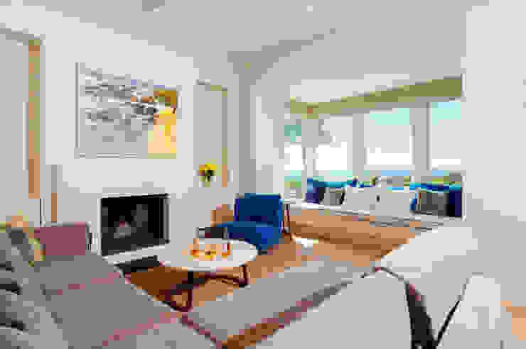 Ednovean House, Perranuthnoe | Cornwall Modern living room by Perfect Stays Modern