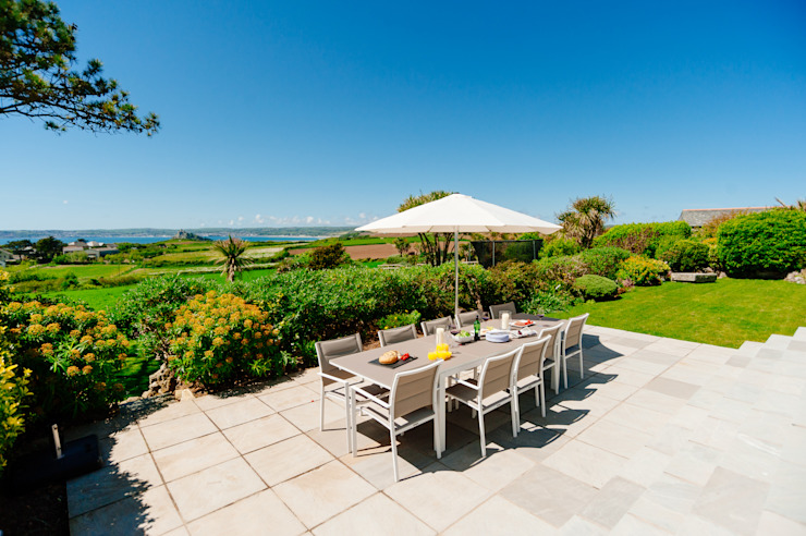 Ednovean House, Perranuthnoe | Cornwall Modern garden by Perfect Stays Modern