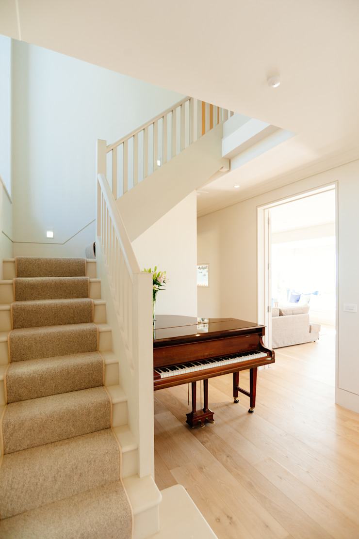 Stairs Modern Corridor, Hallway and Staircase by Perfect Stays Modern