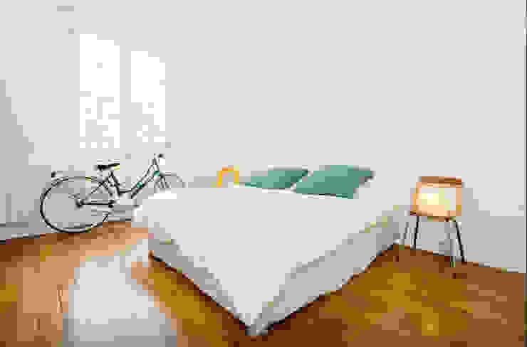 Chambre Chambre moderne par JULIEN FUENTES Moderne