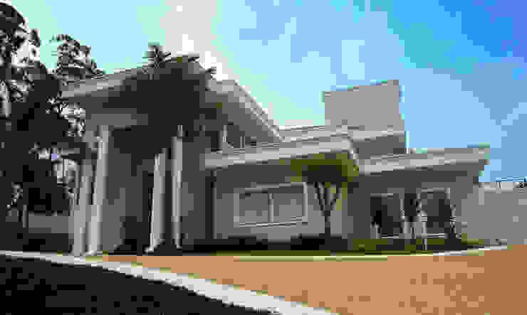 Projeto Residencial I - Condomínio Capital Ville: Casas  por Arquidecor Projetos,Moderno