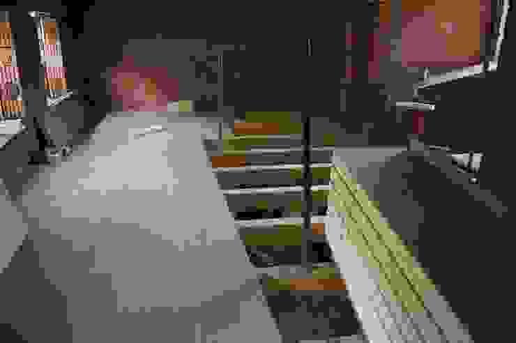 panelestudio Rustic style walls & floors