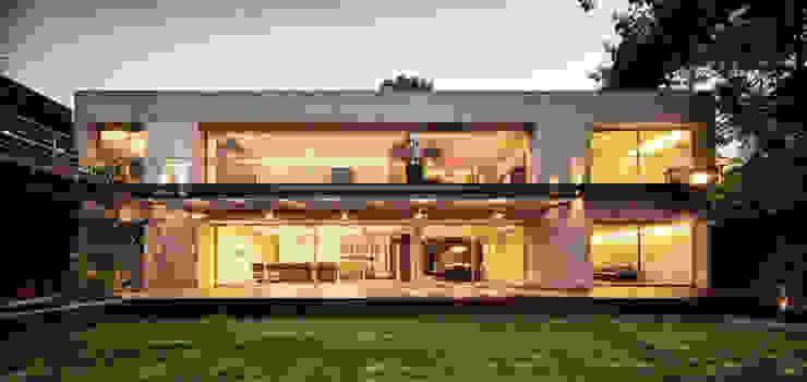 Дома в стиле минимализм от grupoarquitectura Минимализм