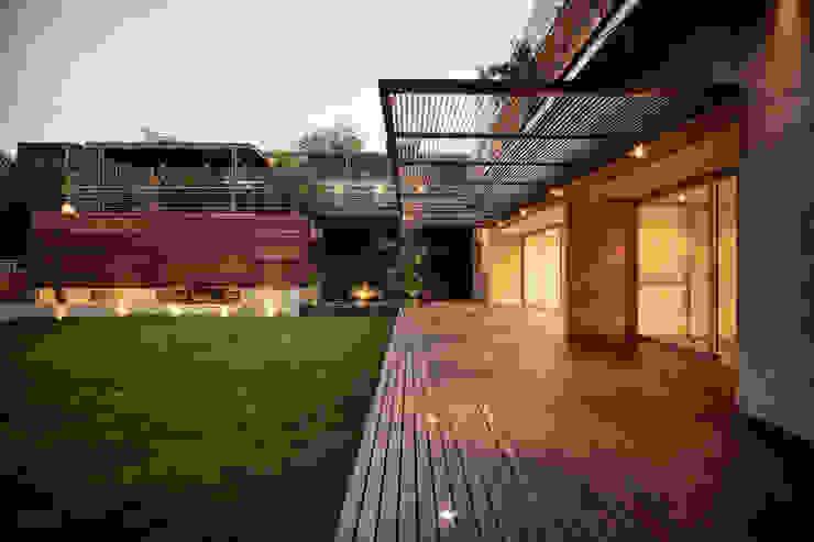 Casa Galeana Casas minimalistas de grupoarquitectura Minimalista
