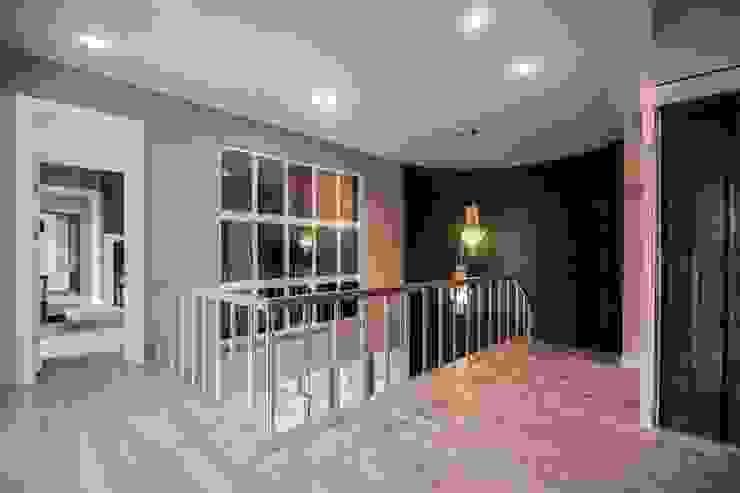 Country style corridor, hallway& stairs by Pimodek Mimari Tasarım - Uygulama Country