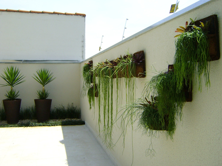 Taman oleh MC3 Arquitetura . Paisagismo . Interiores, Minimalis