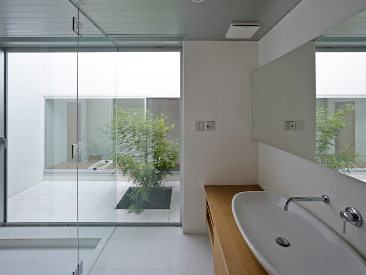 小野里信建築アトリエ Modern bathroom