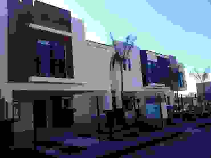SIERRA NOGAL Casas clásicas de IA constructivo Clásico