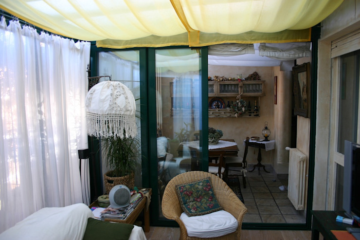 Balcon, Veranda & Terrasse de style  par Fabio Carria ,