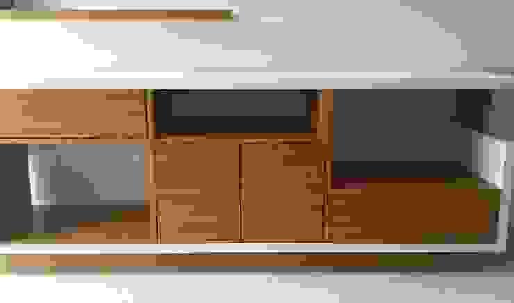 Muebles Apto. AM Demadera Caracas Oficinas de estilo moderno Acabado en madera