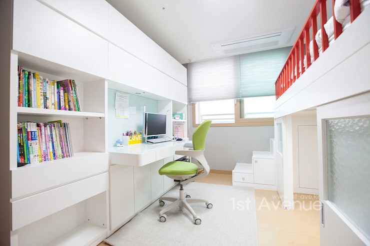 Nursery/kid's room by 퍼스트애비뉴, Modern