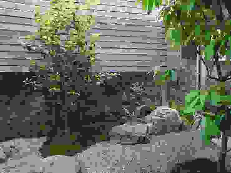 Jardines de estilo asiático de 庭園空間ラボ teienkuukan Labo Asiático