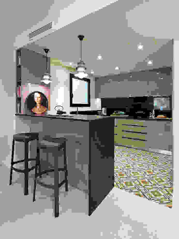 Mediterranean style kitchen by Molins Design Mediterranean
