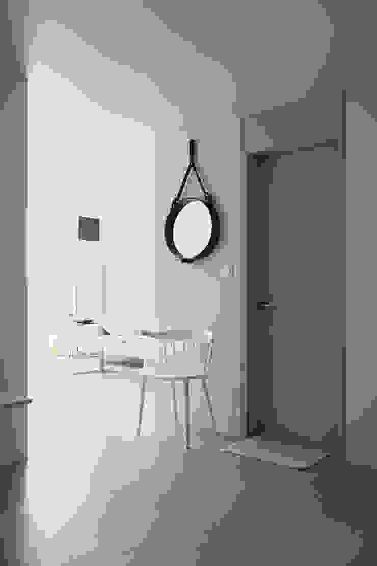 압구정 한양아파트 스칸디나비아 거실 by 샐러드보울 디자인 스튜디오 북유럽