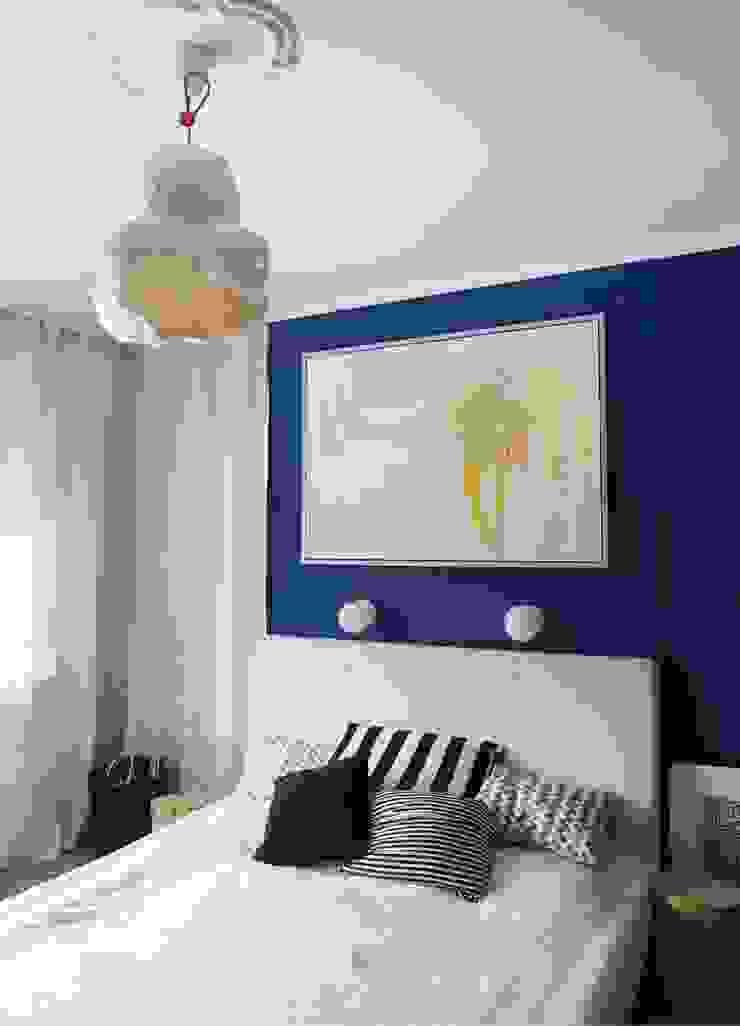 niebiesko o Nowoczesna sypialnia od NaNovo Nowoczesny