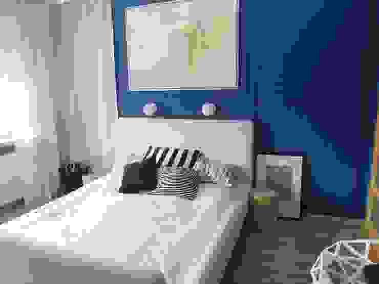 niebiesko o Klasyczna sypialnia od NaNovo Klasyczny