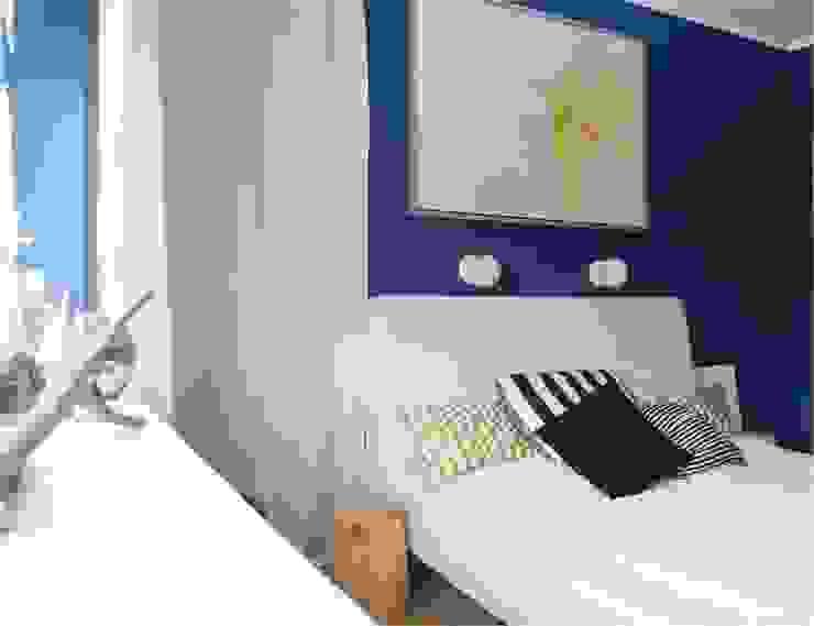 niebiesko o Eklektyczna sypialnia od NaNovo Eklektyczny
