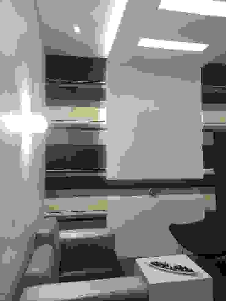 RESIDENTIAL INTERIOR, MYSORE. (www.depanache.in) Modern living room by De Panache - Interior Architects Modern MDF