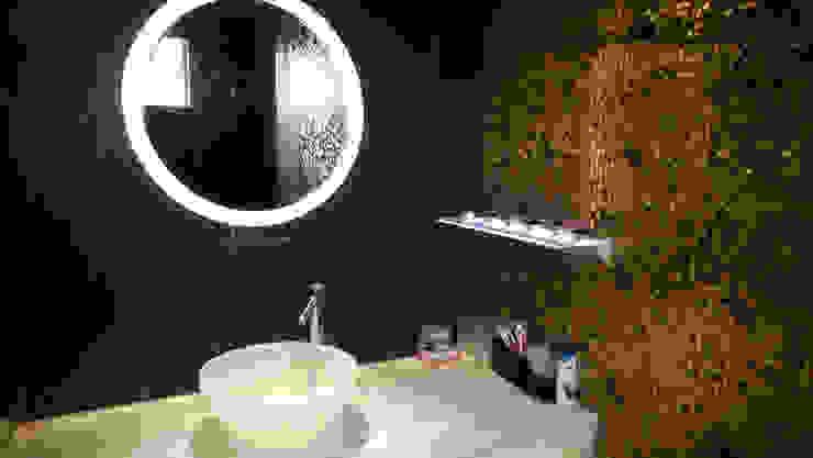 RESIDENTIAL INTERIOR, MYSORE. (www.depanache.in) Modern bathroom by De Panache - Interior Architects Modern Glass