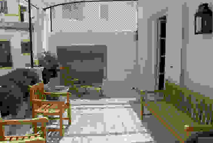 Casa Dalt Vila Casas de estilo moderno de r.ex construcciones y reformas integrales sl Moderno